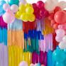 Kit Arco Balões e Fundo Fitas Coloridas